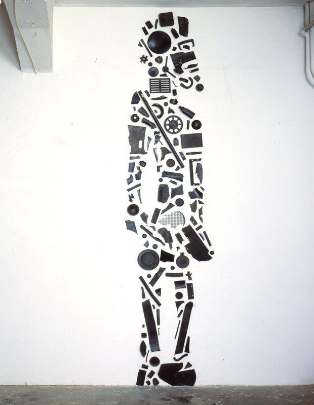 Тони Крэгг вЭрмитаже: Отмусора домуранского стекла. Изображение № 1.