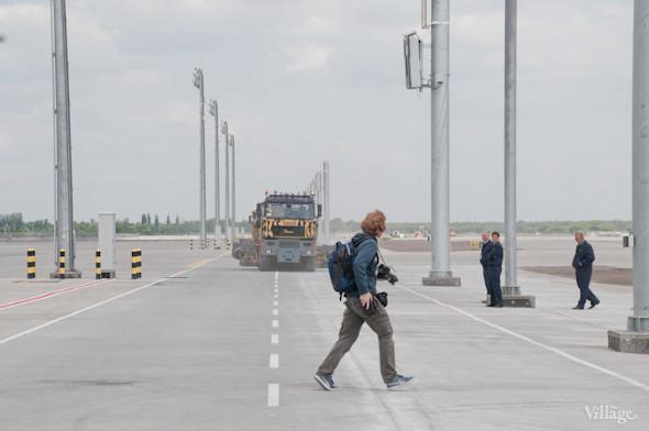 Фоторепортаж: В аэропорту Борисполь открыли самый большой на Украине терминал. Зображення № 40.
