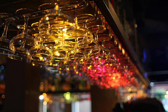 Изображение 2. На «Красном Октябре» открылся бар-ресторан Gipsy.. Изображение № 4.