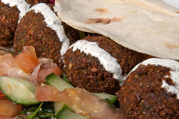 В Москве появились вагончики суличной едой The Urban Taste. Изображение № 3.