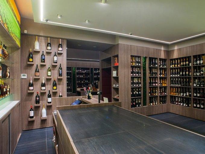 На Смоленском бульваре открылась винотека Grand Cru. Изображение № 1.