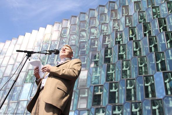 Интервью: Йон Гнарр, мэр Рейкьявика, о прямой демократии и пешеходном городе. Изображение №9.
