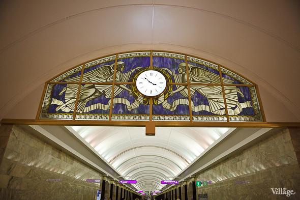 На новой станции метро «Адмиралтейская» уже произошло несколько аварийных остановок эскалатора. Изображение № 17.