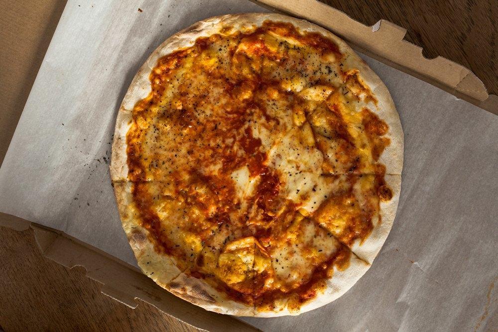 Впоисках лучшей пиццы «Маргарита» . Изображение № 6.