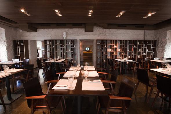 Изображение 18. Знаменитости продолжают открывать рестораны в Москве.. Изображение № 1.