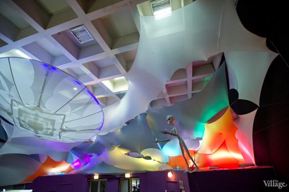 Atmasfera 360: Сферическое кино, игры на сенсорных панелях и шоколадные телескопы. Зображення № 12.