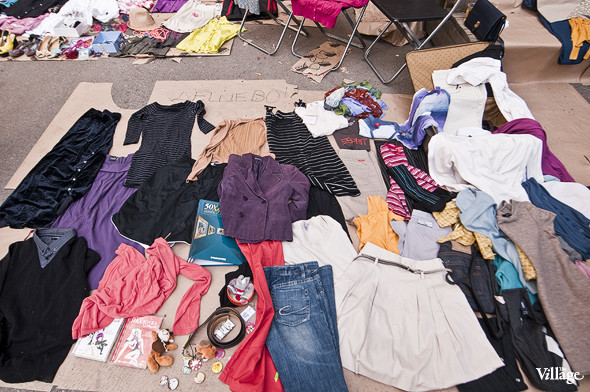 Фоторепортаж: Люди, покупки и опасные отходы на Garage Sale. Изображение № 14.