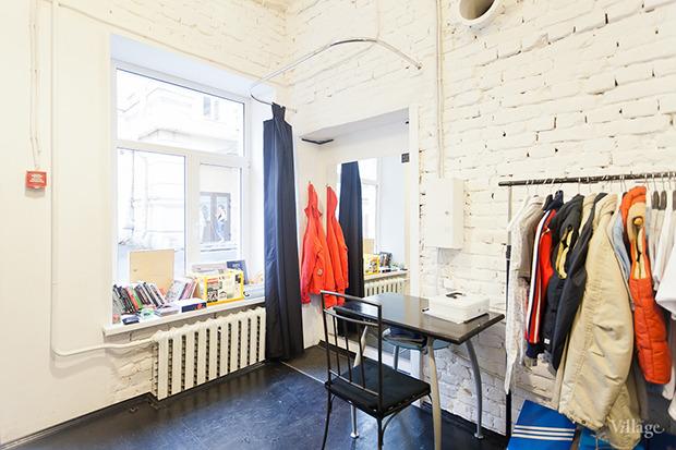 Гид по секонд-хендам и винтажным магазинам: 11 мест в Петербурге. Изображение № 98.