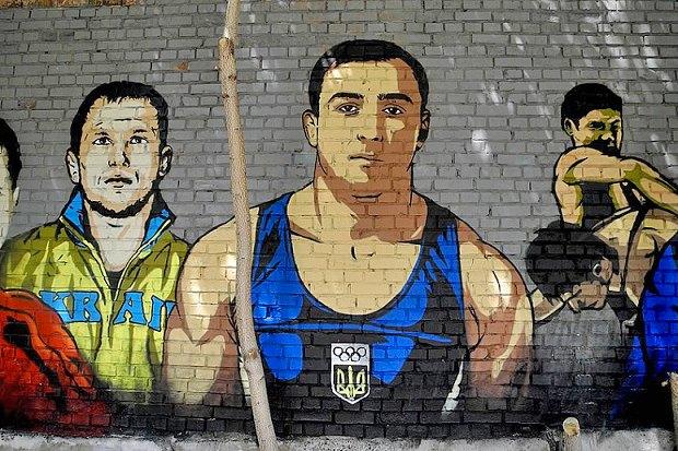 На Жилянской появились граффити с портретами украинских спортсменов. Зображення № 3.