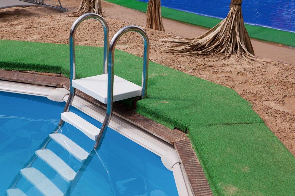 Жизнь — курорт: Пять новых открытых бассейнов вМоскве. Изображение № 24.