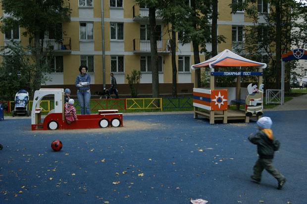 МЧС установило в городе 35 стилизованных детских площадок. Изображение № 2.