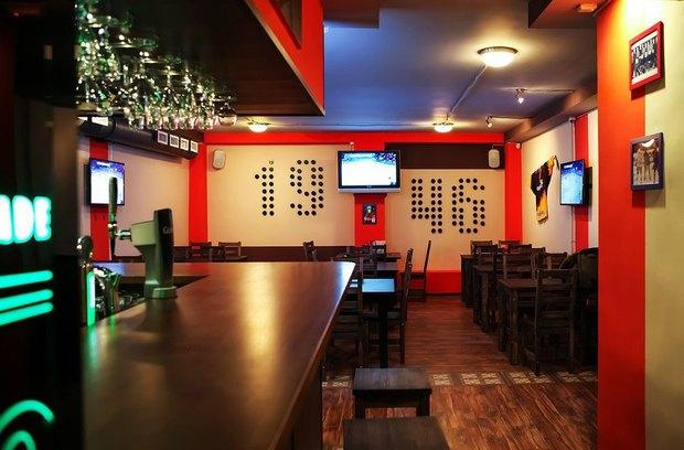 В Приморском районе открылся хоккейный бар. Изображение № 1.