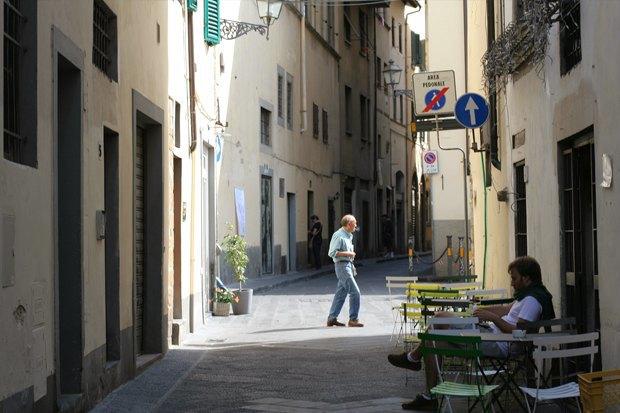 Как у них: Жители Норвегии, ЮАР, Испании — об отношениях с соседями. Изображение № 26.