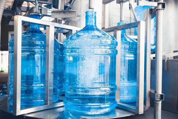 Как страшно пить: Чем отличается вода из-под крана, в бутылках и кулерах. Изображение № 2.