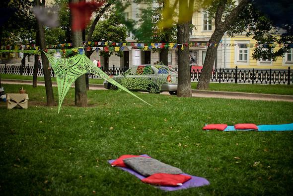 Универсальное поздравление: День города на московских улицах. Изображение № 14.