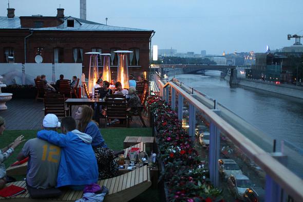 Изображение 8. На «Красном Октябре» открылся бар-ресторан Gipsy.. Изображение № 16.