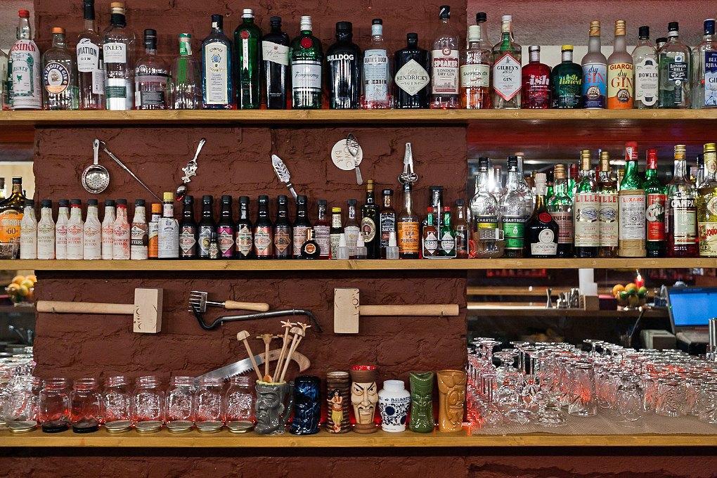 Секретный бар: Каквладельцы «Джин Тоника» открыли заведение без вывески и рекламы. Изображение № 6.