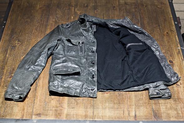 Анатомия куртки: Как сделана кожаная куртка AllSaints. Изображение № 13.