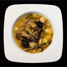 Рецепты шефов: Кассуле с фермерской цесаркой, колбасками из баранины и белым вином. Изображение № 13.