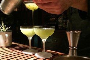30 алкогольных коктейлей навсе случаи жизни. Изображение № 9.