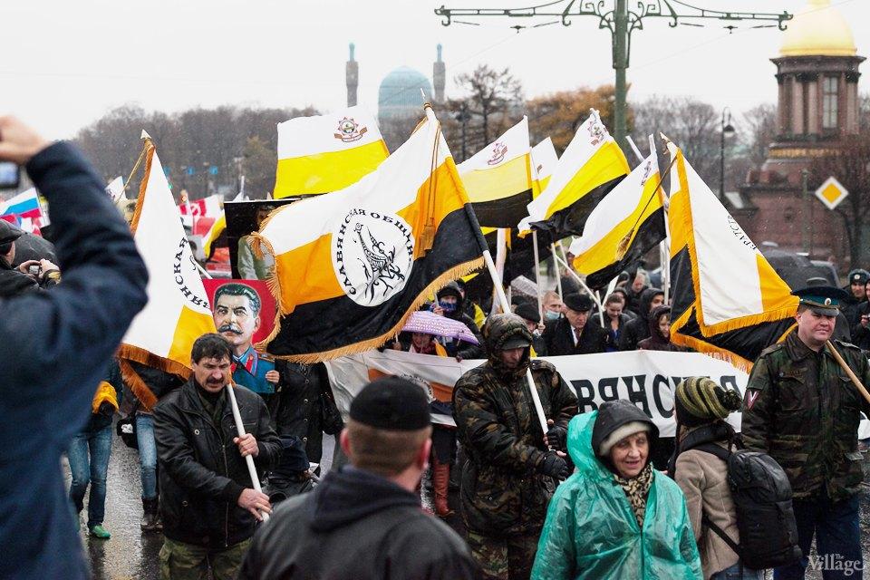 Фоторепортаж: День народного единства вПетербурге. Изображение № 14.