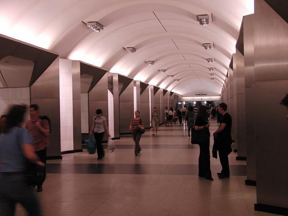 В московском метро появятся кафе и биотуалеты. Изображение № 1.