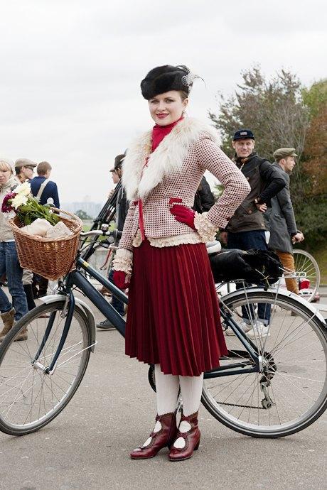 Твид выходного дня: Участники ретрокруиза — о своей одежде и велосипедах. Изображение № 14.
