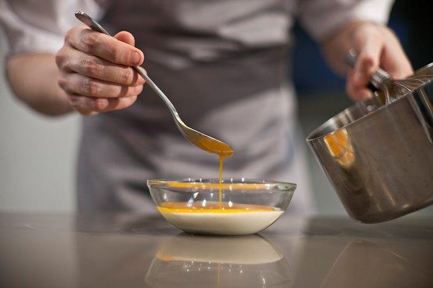 Шеф дома: Ягненок, хумус иоблепиховый десерт шефа «Стрелки». Изображение № 133.