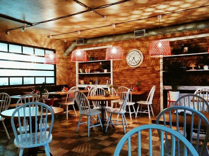 На Лиговском открылось кафе «Синица» . Изображение № 1.