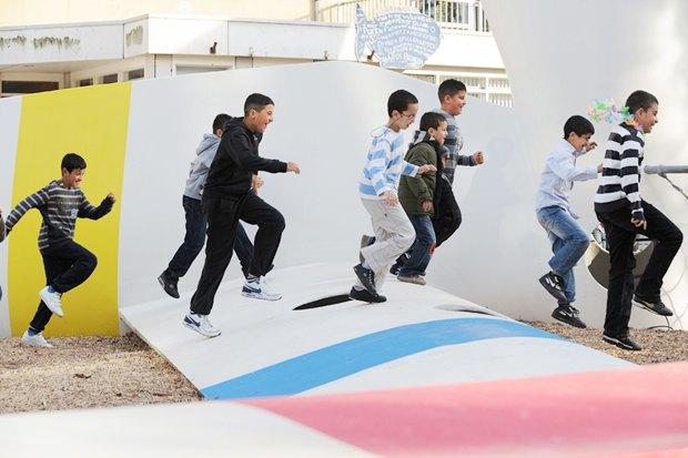 Идеи для города: Детская площадка из крыльев ветряной мельницы вРоттердаме. Изображение № 11.