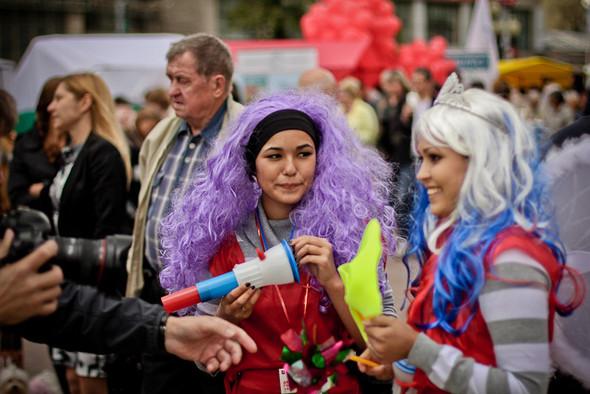Универсальное поздравление: День города на московских улицах. Изображение № 21.
