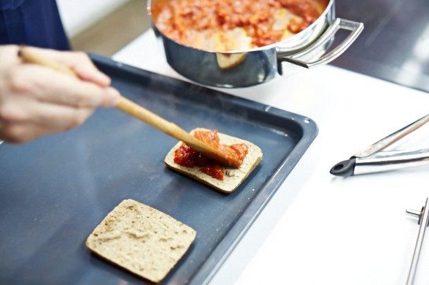 Шеф дома: Смэш-бургер и хиро-сэндвич Федора Тардатьяна. Изображение № 30.