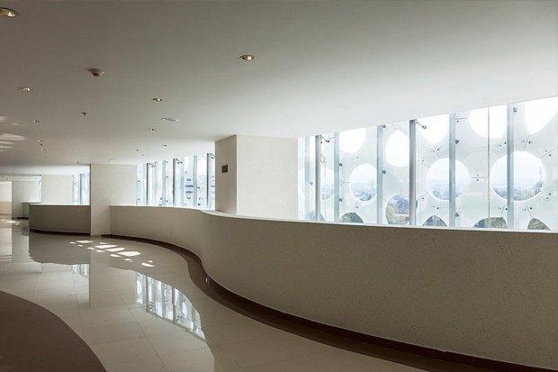 Иностранный опыт: Как фасад здания очищает воздух в Мехико. Изображение № 5.
