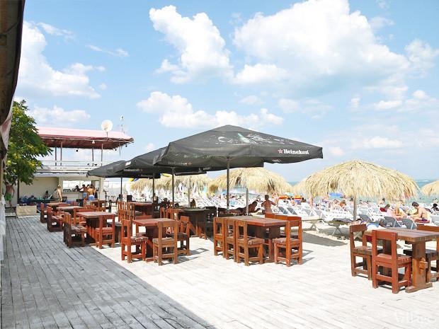 На песке: 5 пляжных клубов Одессы. Зображення № 53.