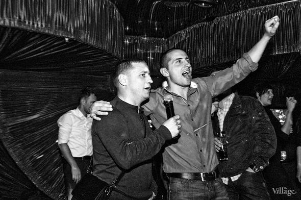 Крик души: Что и как поют вкараоке-клубах Петербурга. Изображение № 13.
