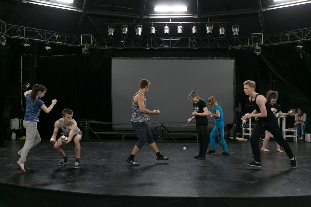 15 лет «Упсала-цирку»: Как трудные подростки становятся цирковыми артистами. Изображение № 12.