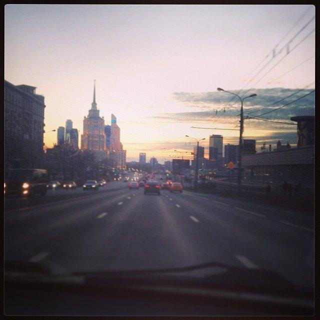 Акция «Час Земли» вМоскве вснимках Instagram. Изображение № 11.