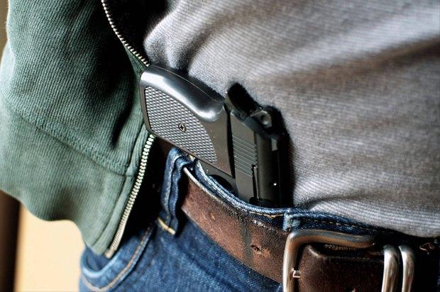 В интересах безопасности: Какие страны разрешают гражданам носить оружие. Изображение № 3.