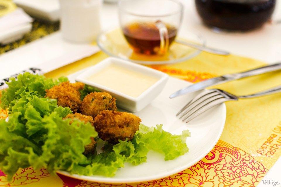Шарики из лосося, шпината, грибов шиитаки и сливочного сыра. Изображение № 23.