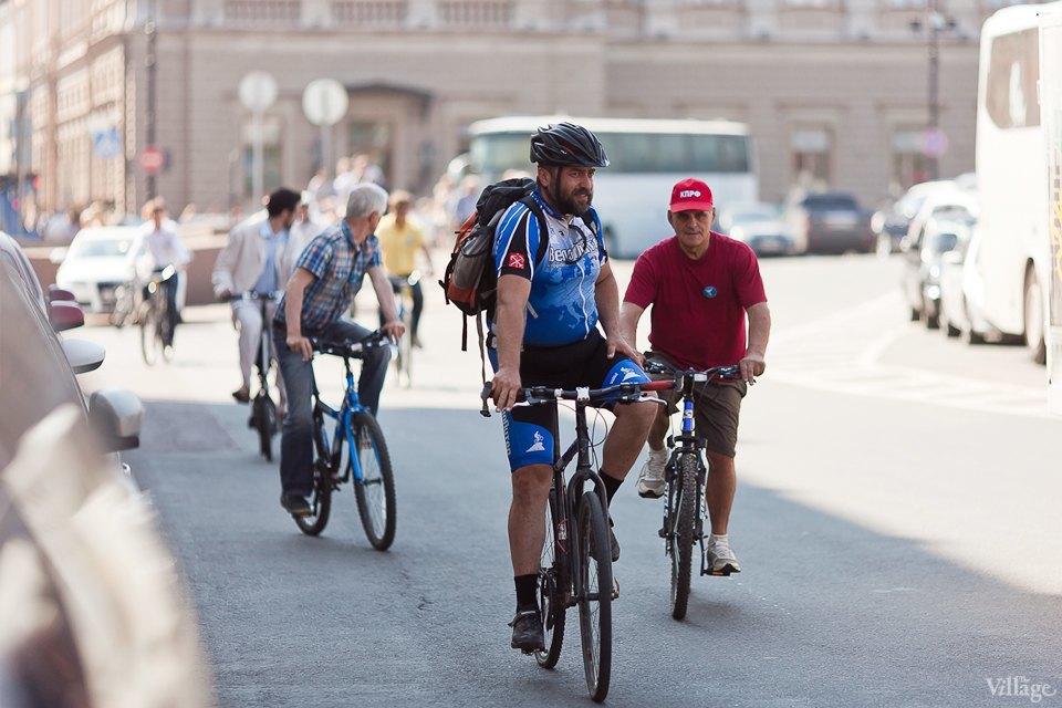 Где наши мигалки: Как петербургские депутаты пересели на велосипеды. Изображение № 3.