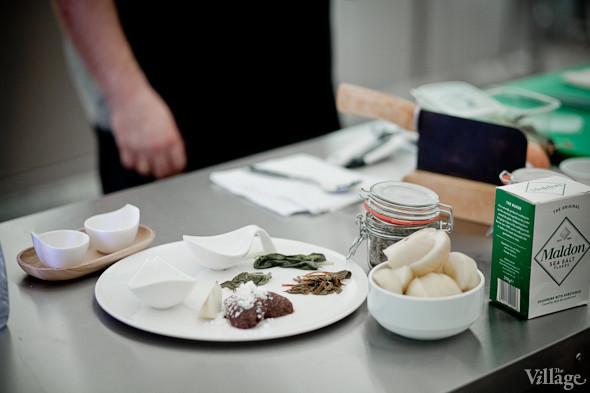 Omnivore Food Festival: Иван Шишкин готовит пеммикан и черемуховые полбяные пряники. Изображение № 51.