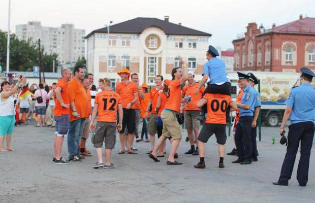 Знакомые лица: Интернет-герои Евро-2012. Зображення № 28.