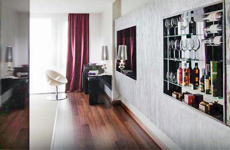 На Богдана Хмельницкого открылся дизайн-отель 11 Mirrors. Зображення № 4.
