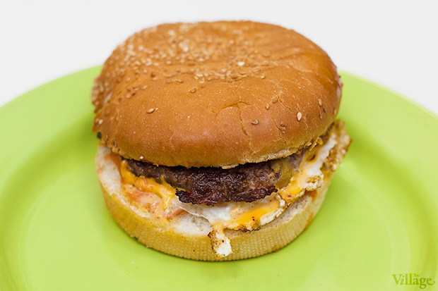 Linas Extra Burger — 19 гривен. Изображение № 20.