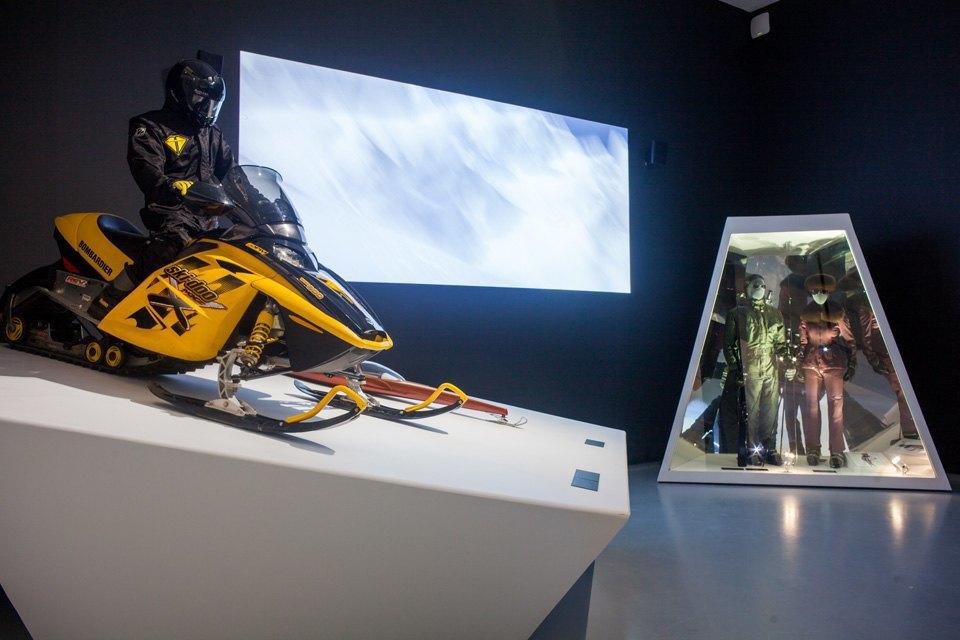 Что посмотреть навыставке «Дизайн007: 50лет стилю ДжеймсаБонда». Изображение № 4.