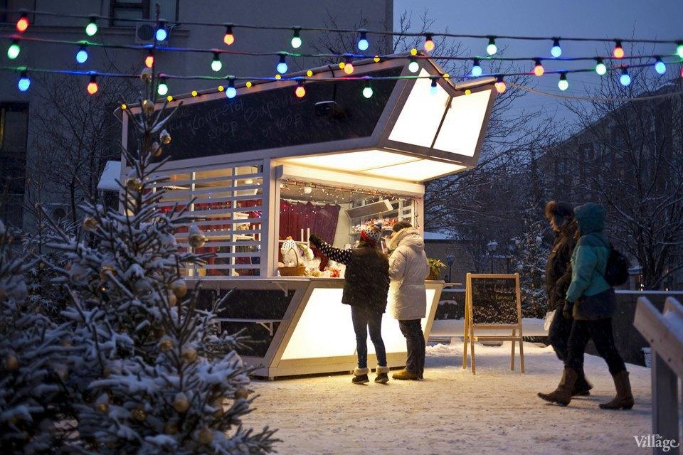 Фоторепортаж: Новогодние ярмарки в центре Москвы. Изображение № 15.
