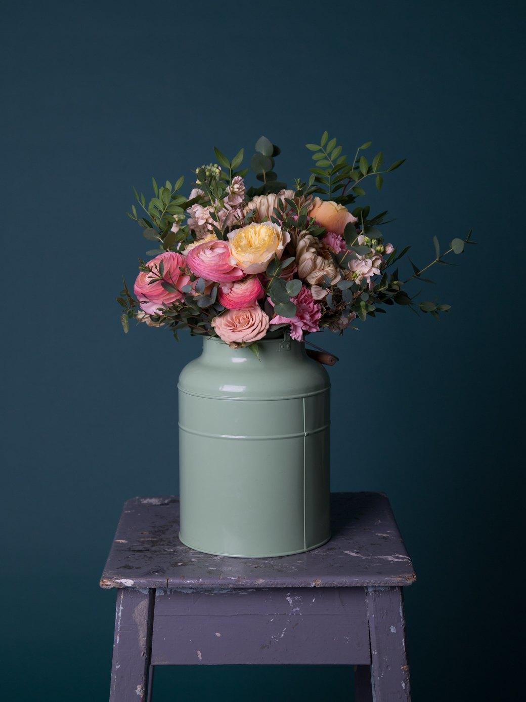 Сколько стоит букет цветов?. Изображение № 73.