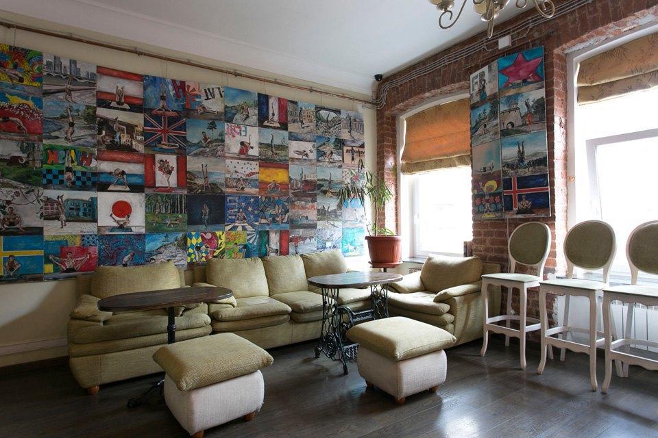 Квартира художника смансардой. Изображение № 9.