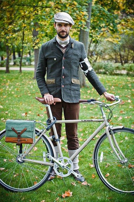 С твидом на город: Участники велопробега Tweed Ride о ретро-вещах. Изображение № 89.