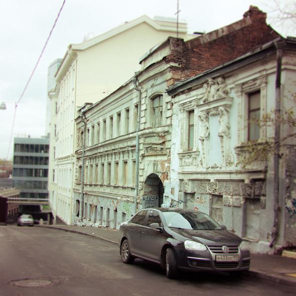 В зоне риска: Дом с кариатидами в Печатниковом переулке. Изображение № 3.